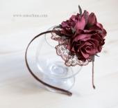 Розы цвета бордо