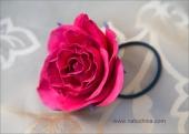 Резинка для волос - красная роза