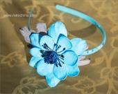 Обруч с голубым анемоном